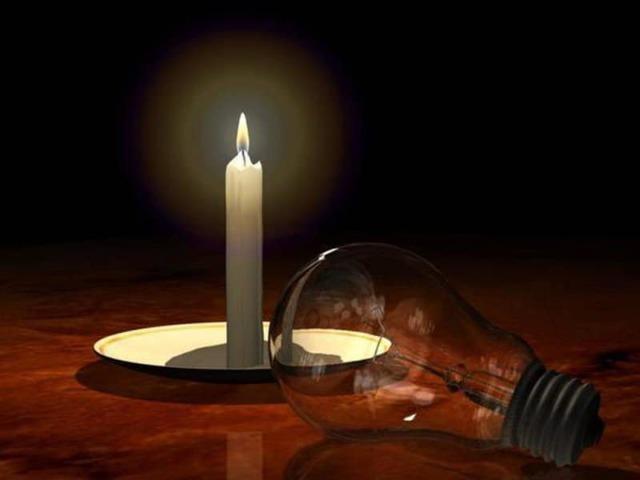 Куда звонить и жаловаться, если без уведомления отключили свет?