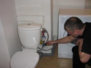 Каким должен быть норматив давления воды в квартире в многоквартирном доме?